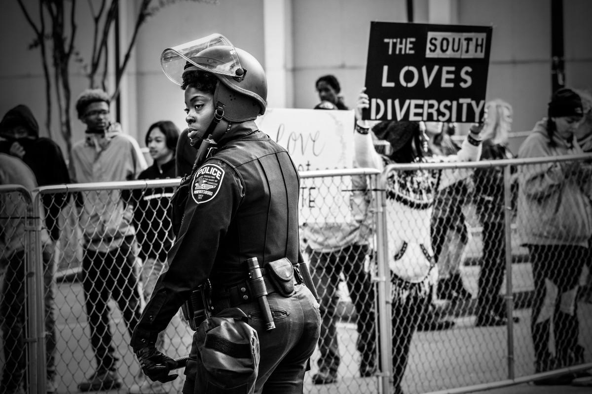 borders-of-dissent