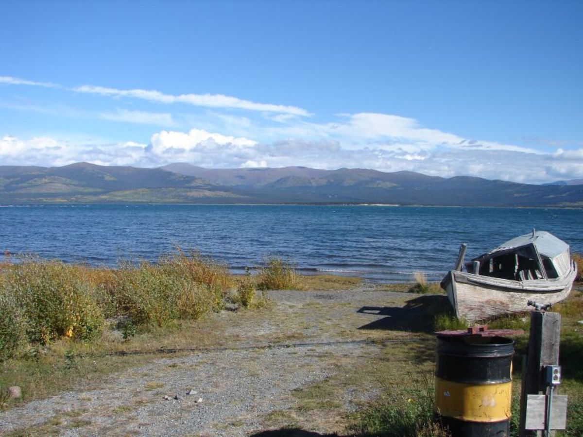 Burwash Landing on the shore of Kluane Lake.