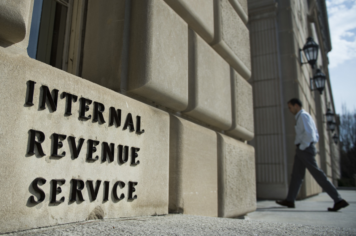 A man walks into the Internal Revenue Service building in Washington, D.C., on March 10th, 2016.
