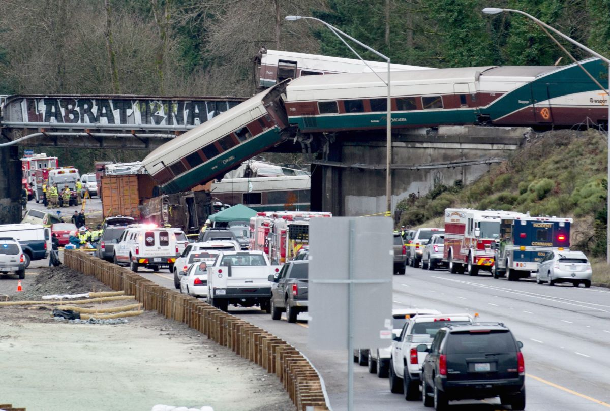 An Amtrak high-speed train derailed from an overpass early December 18th, 2017, near the city of Tacoma, Washington.