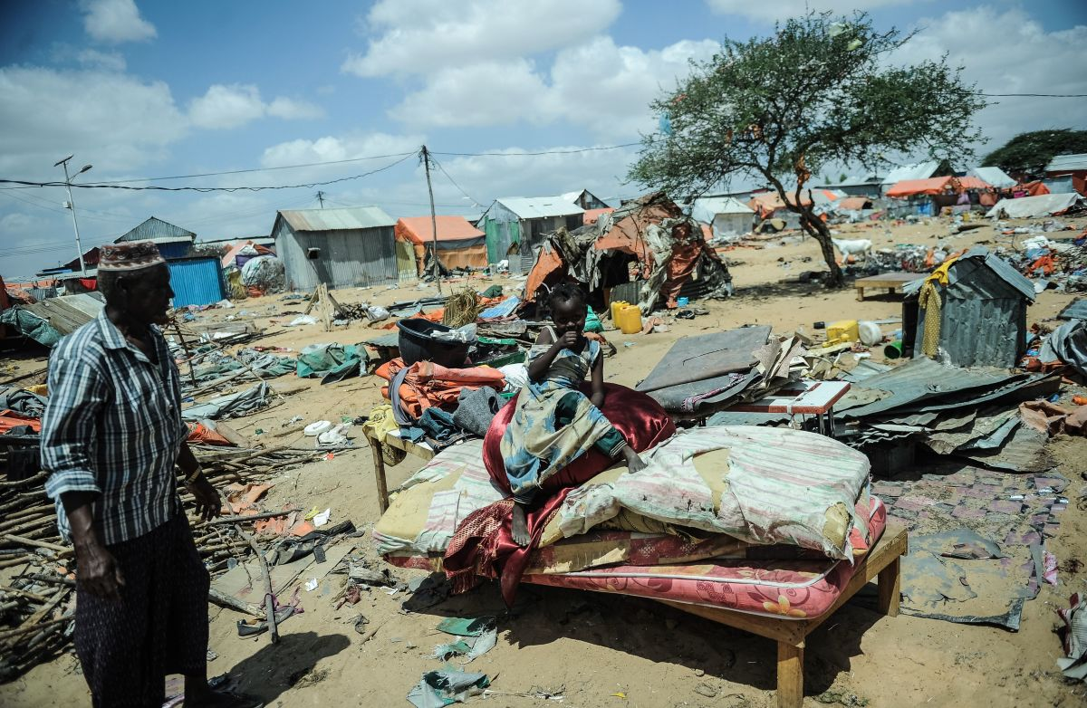 Somali internally displaced refugees prepare to leave their shelter with their possessions on January 17th, 2018, after the owner of the land ordered them to vacate his property in Mogadishu.