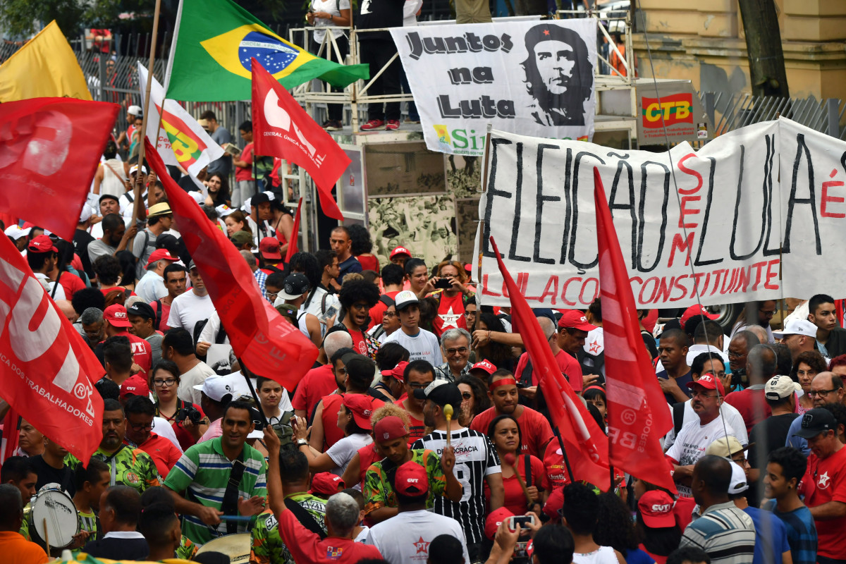 Protesters demonstrate in support of former Brazilian President Luiz Inácio Lula da Silva in Sao Paulo, Brazil, on January 24th, 2018. A Brazilian appeals court upheld the ex-president's conviction for corruption, effectively ending his hopes of re-election this year.