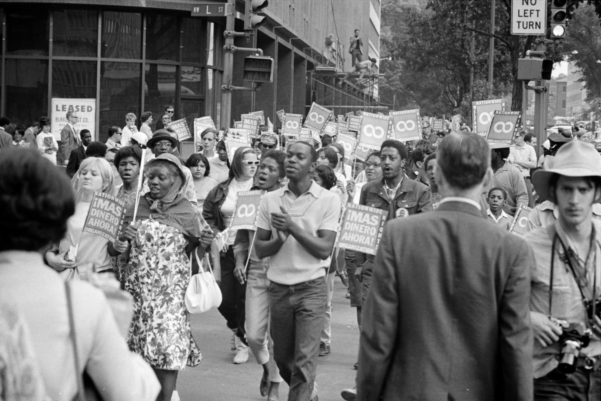 Demonstrators participate in the poor peoples march in washington d c