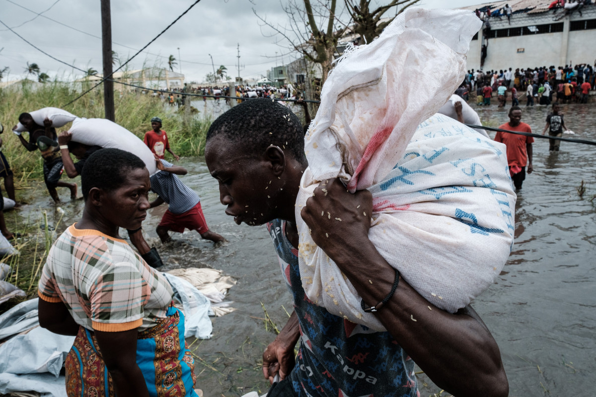 Five days after tropical cyclone Idai cut a swathe through Mozambique, Zimbabwe, and Malawi, the confirmed death toll stood at more than 300 and hundreds of thousands of lives were at risk,.