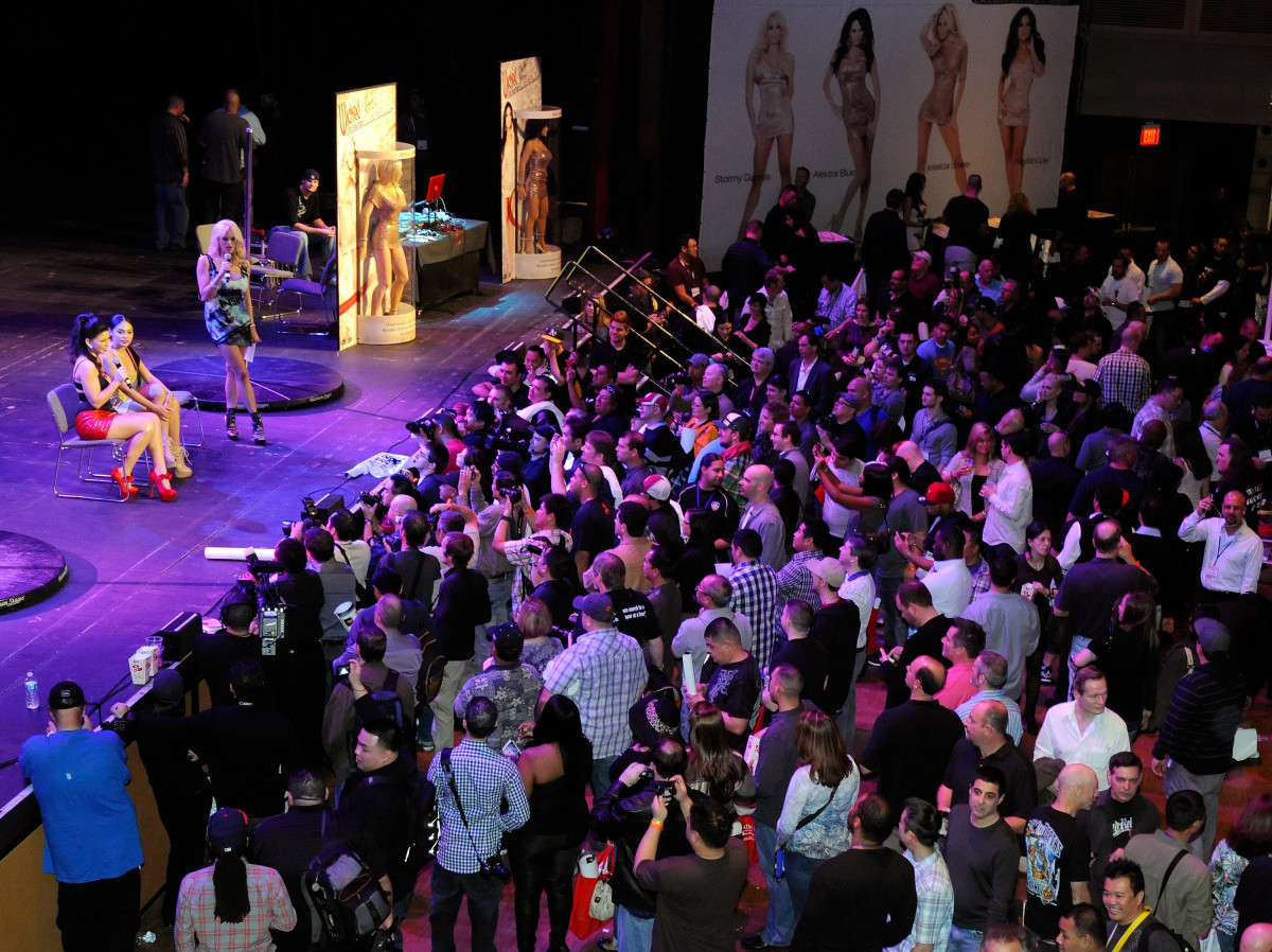 A general view of the 2012 AVN Adult Entertainment Expo at The Joint inside the Hard Rock Hotel & Casino on January 20th, 2012, in Las Vegas, Nevada.