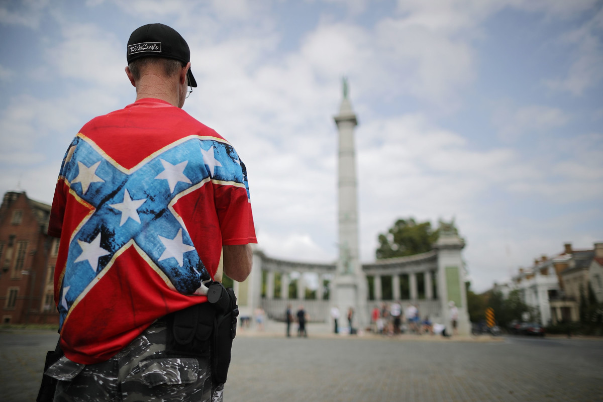 A supporter of Confederate heritage groups at the Jefferson Davis Monument on August 19th, 2018, in Richmond, Virginia.