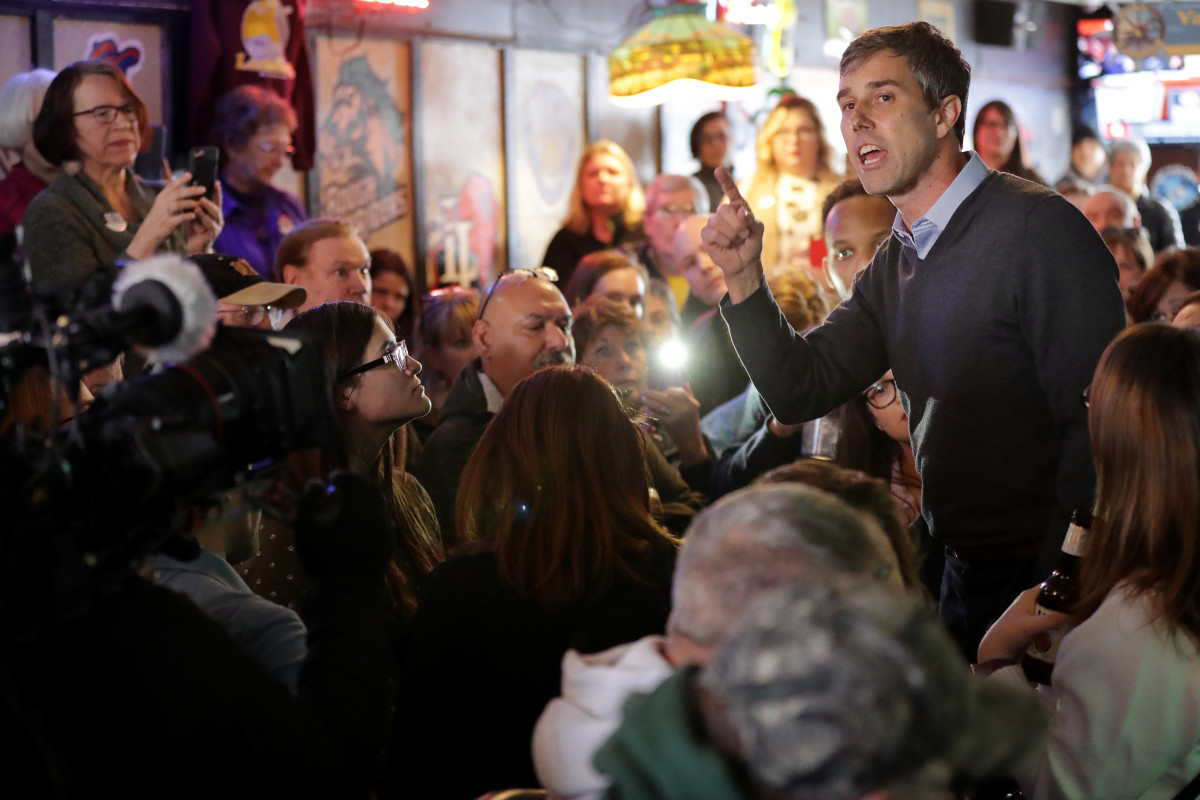 Democratic presidential candidate Beto O'Rourke an overflow audience at Yock's Landing during his second day of campaigning for the 2020 nomination March 15th, 2019, in Mount Vernon, Iowa.