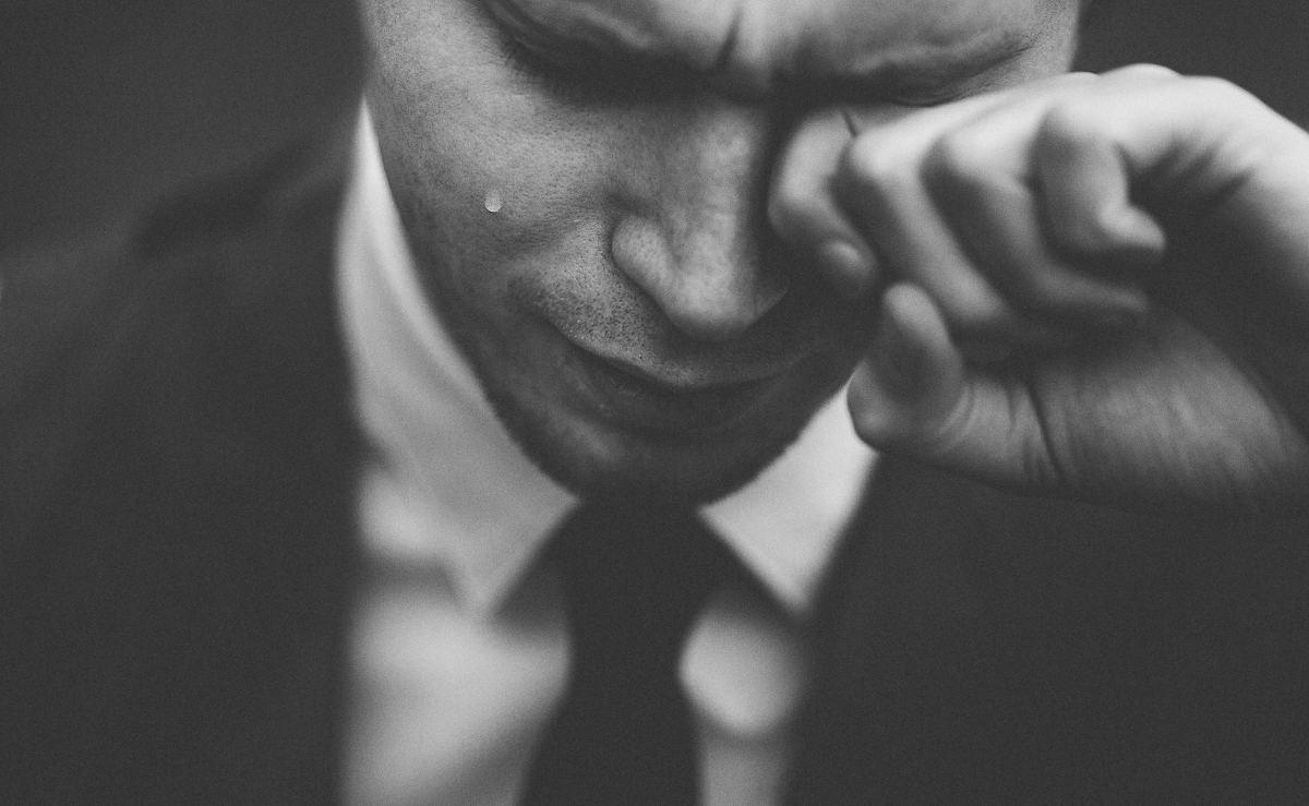 Weeping white man