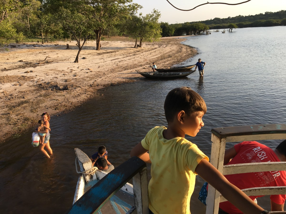 Docking at one of the many ribeirinho communities along the Michael's path to São Pedro.
