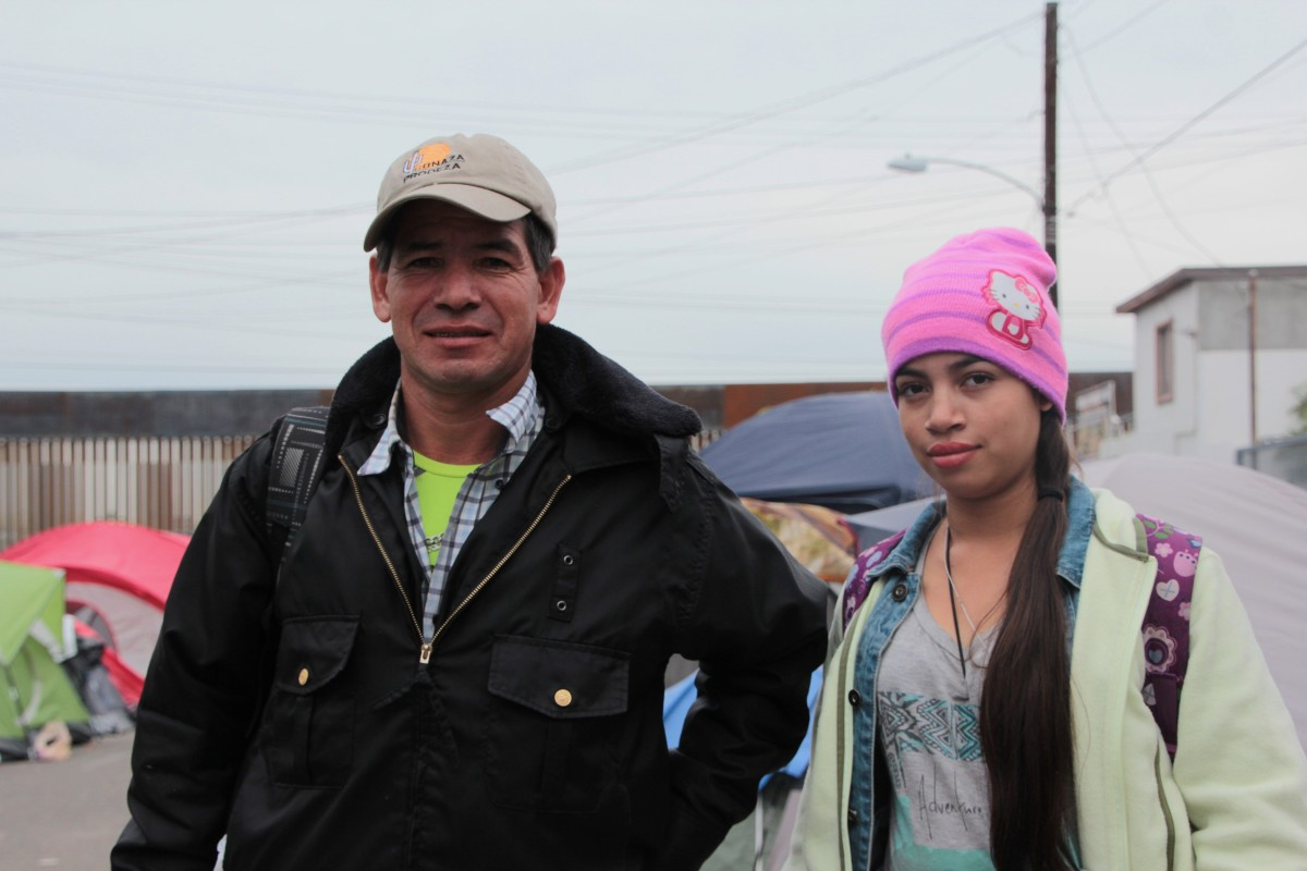 Roberto and his daughter, pictured shortly before they attempted to cross over into the U.S.