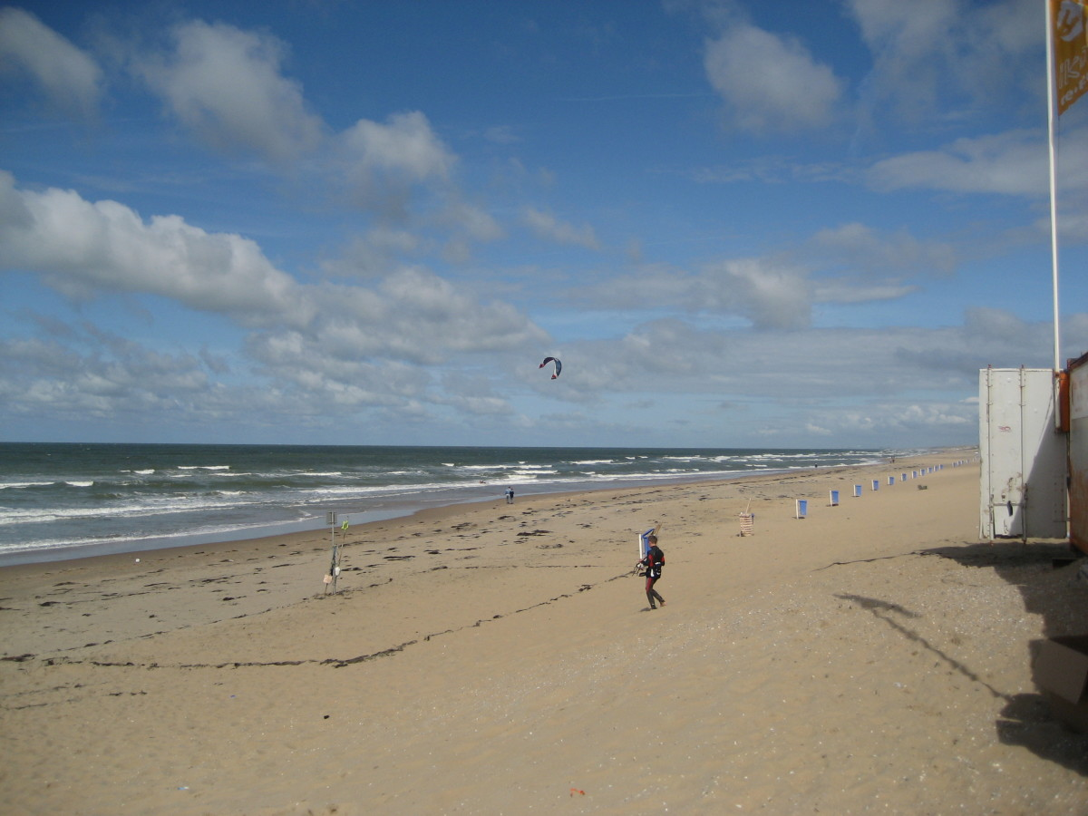 Noordwijk beach, where some of the urns were found.