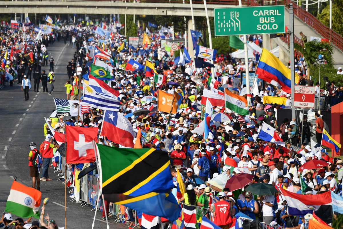 Pilgrims wait for the arrival of Pope Francis for his welcoming ceremony at Campo Santa Maria La Antigua in Panama City during World Youth Day on Thursday, January 24th, 2019.
