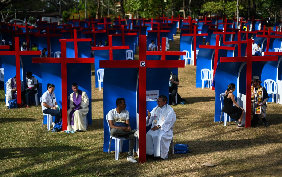Pilgrims confess at the Youth Park in Panama City on the eve of the arrival of Pope Francis for World Youth Day, on January 22nd, 2019.