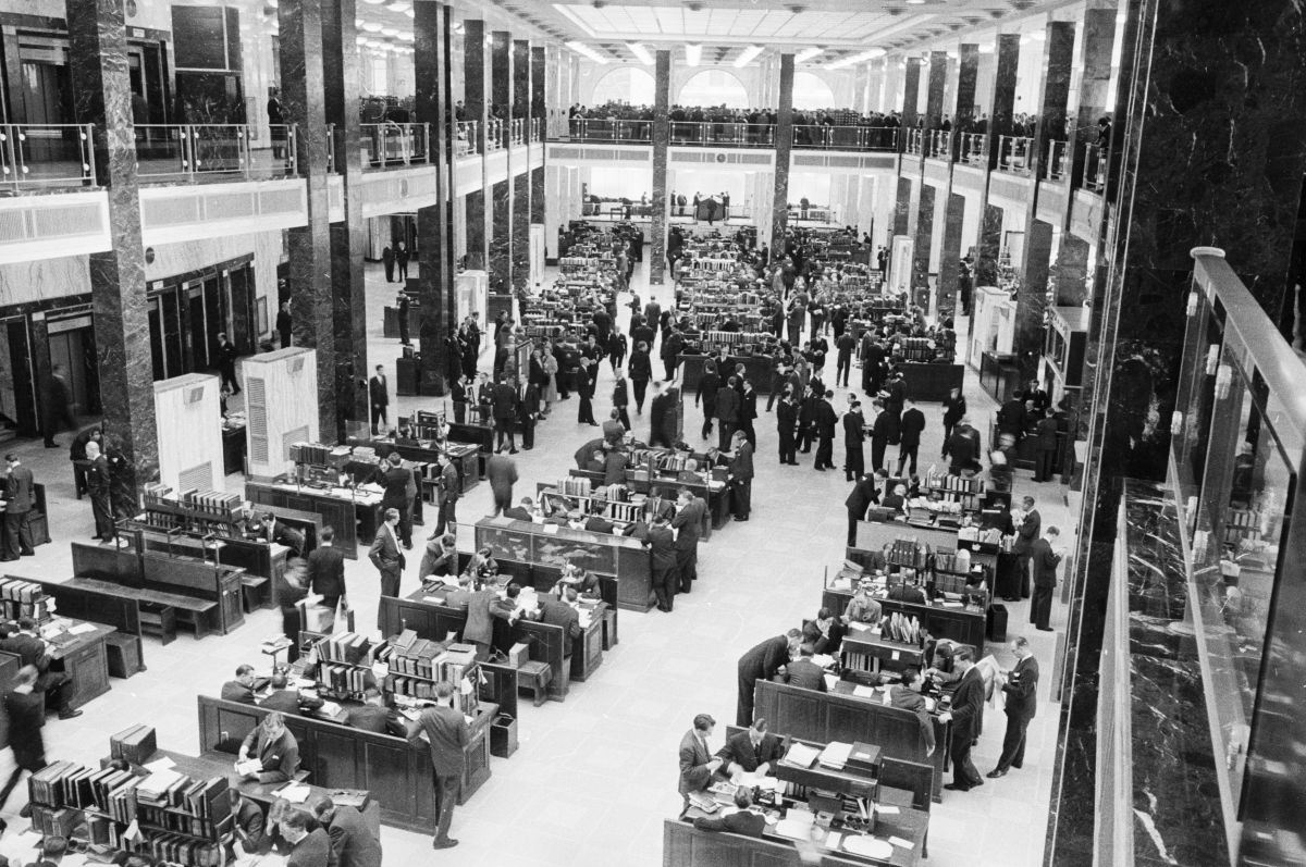 Insurance underwriters working at Lloyd's of London, in April of 1958. Today, insurers won't offer general-liability insurance to the NFL to cover head injuries.