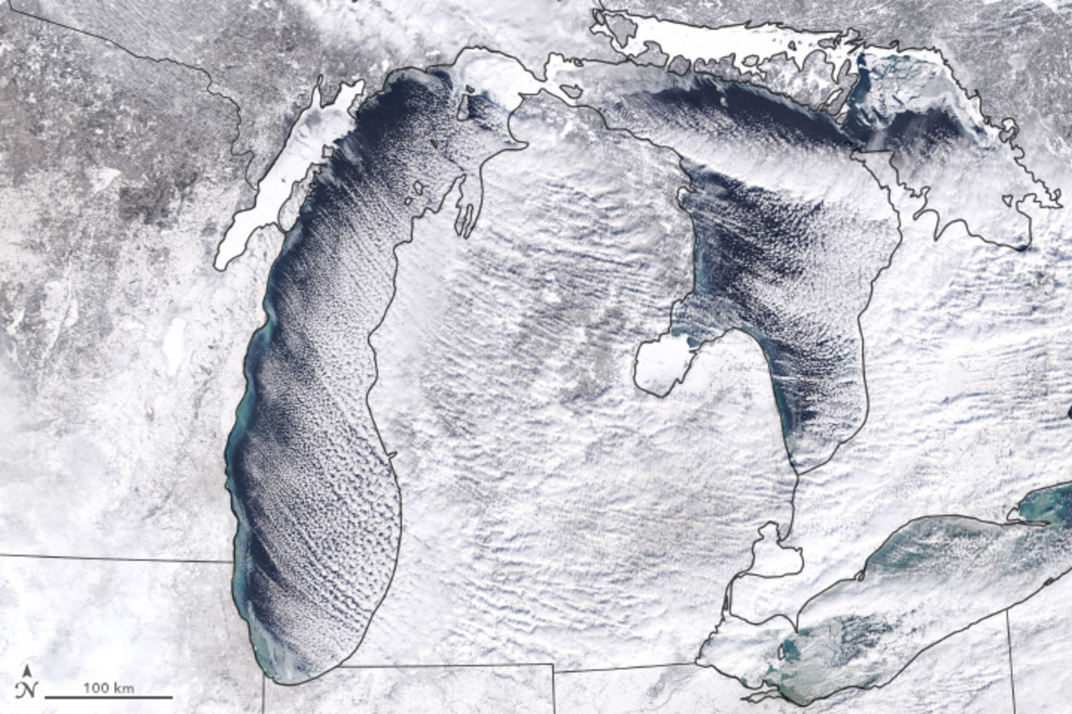 Snow and clouds over Lakes Michigan, Huron, and Erie on January 27th, 2019.