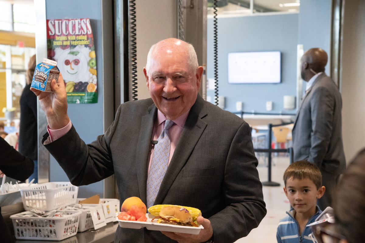 Why the USDA Wants to Put Whole Milk Back in School Lunches