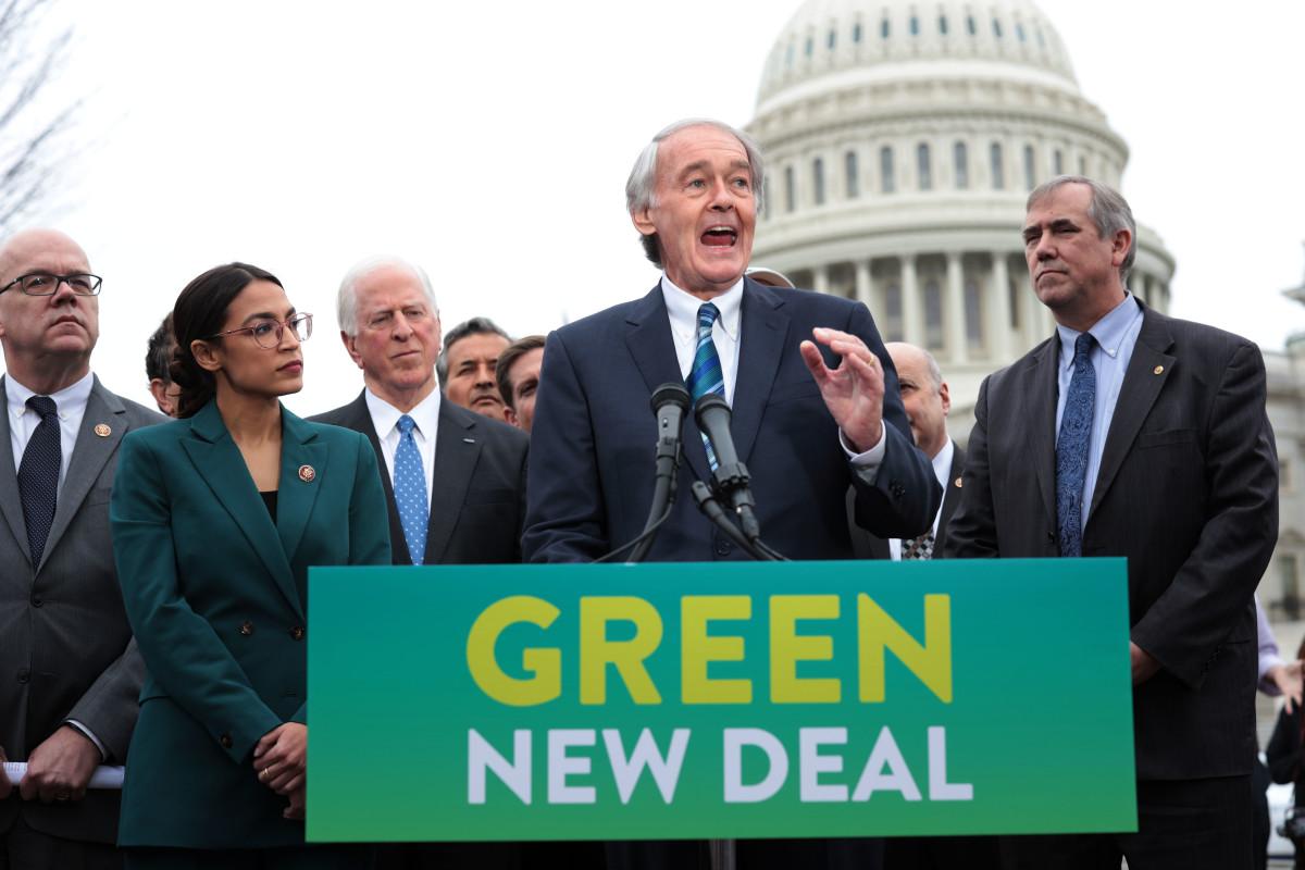 Senator Ed Markey and Representative Alexandria Ocasio-Cortez hold a news conference to unveil their Green New Deal resolution.