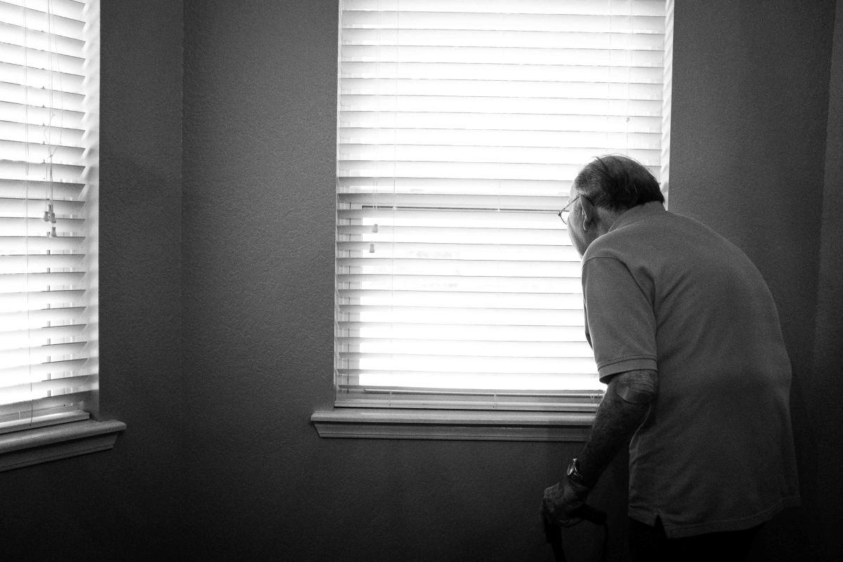 Old man at home / elderly care medicine house calls